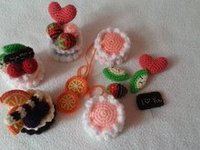 Mini cakes crochet pattern