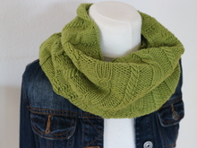 "Knitting pattern Loop ""sporty"""