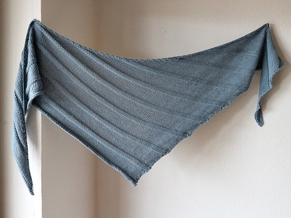 "Knitting pattern shawl ""Easy"""