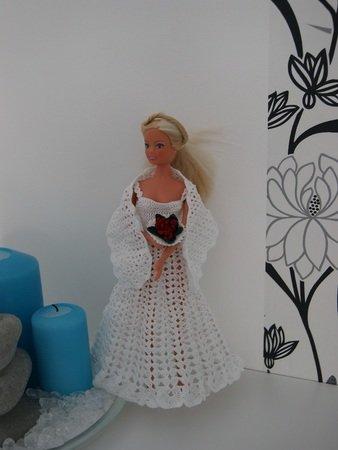 Häkelanleitung Barbies Hochzeitsoutfit mit Brautstrauß