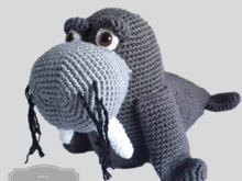 Nice crochet pattern for a walrus, clearly described in German(Deutsch) Englisch and Dutch
