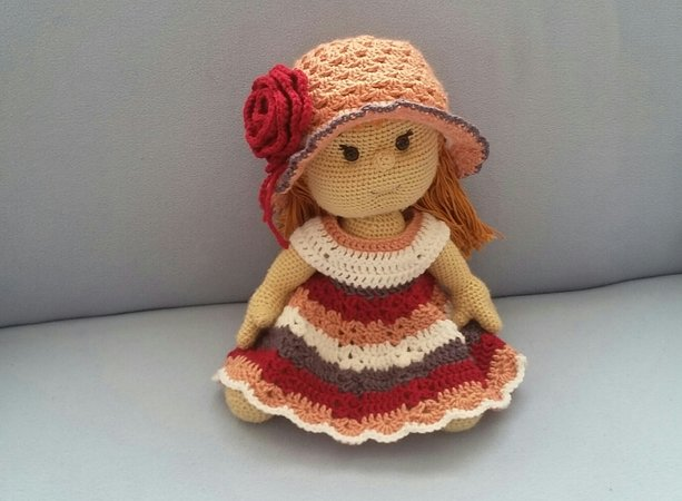 Häkelanleitung Puppe, Rosalie Pfingstrose