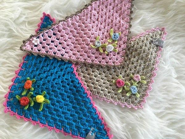 Häkel Anleitung Romantisches Baby Dreieckstuch Mit Röschen Einfach