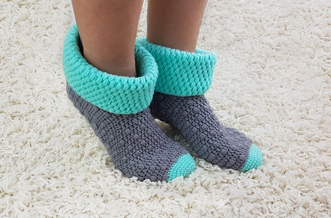 Crochet pattern house socks No 5