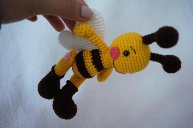 Bunble Bee Crochet Pattern