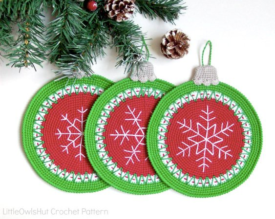 182 Crochet Pattern - Christmas Baubles Potholder or decor  - Amigurumi PDF file by Zabelina CP