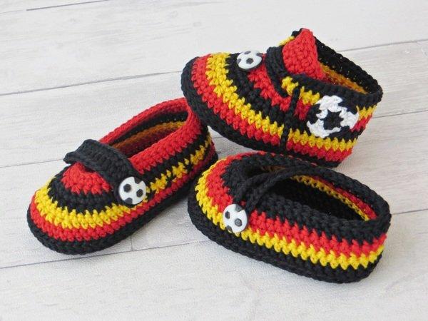 Häkelanleitung Fan Schuhe Für Babys Verschiedene Varianten Und In