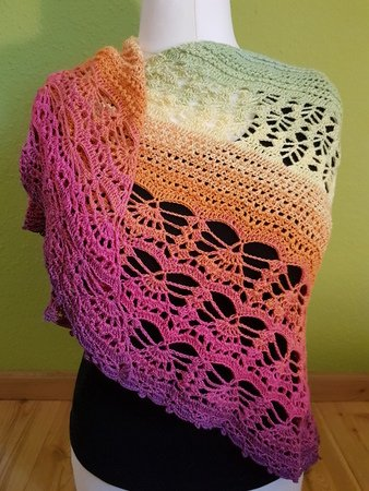 'Lomasi' Triangular Shawl
