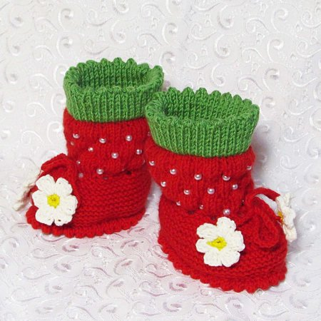 b384682fca40f Knitted Booties-strawberries,baby knitting pattern,warm boots,warm baby  booties,crib shoes.