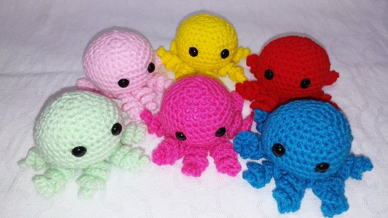 Häkelanleitung von mini Oktopus amigurumi PDF english-deutsch-dutch