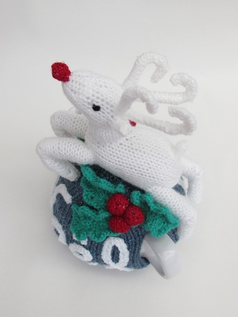 Noël Rudolph Tea Cosy, Egg Cosy and Mug Warmer Set