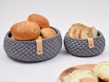 Ribbon Bread Baskets