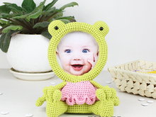 Crochet Pattern of Photo Frame FROG
