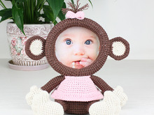 Crochet Pattern of Photo Frame Loving Monkey