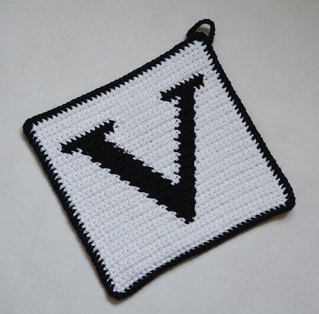 Letter V Potholder Crochet Pattern For Beginners
