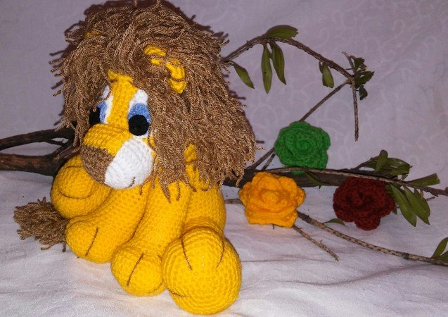 Crochet pattern of jack, the lion and flower PDF english-deutsch-dutch ternura amigurumi