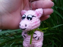 Pattern Keychain Piglet PDF english-deutsch ternura amigurumi