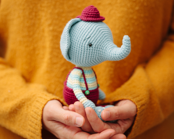 Crochet Along Elephant - YouTube | 450x563