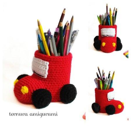 Leeses Pieces Crochet: Pug Amigurumi Crochet Pattern | 450x450