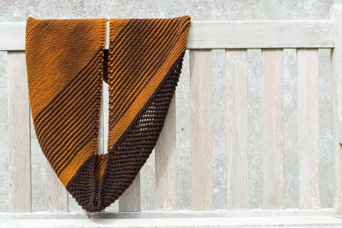 Knitting pattern: Cowl Lille Loop