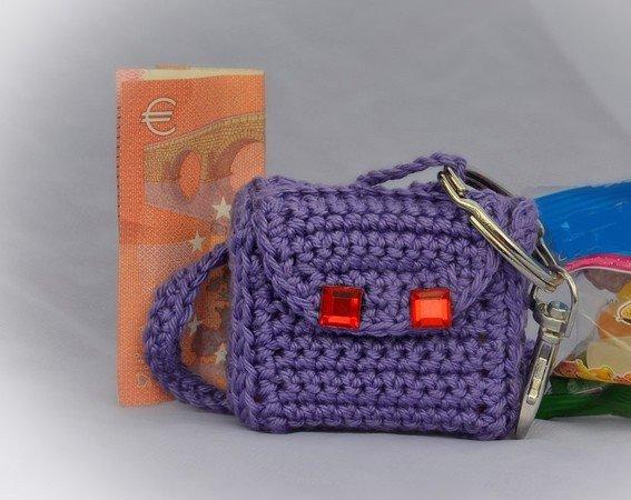 Schlüsselanhänger häkeln / kleine Schultasche