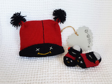 Ladybug Baby Booties and Beanie Cap - Knitting