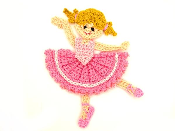 Betty ballerina – Make Me Roar   450x600