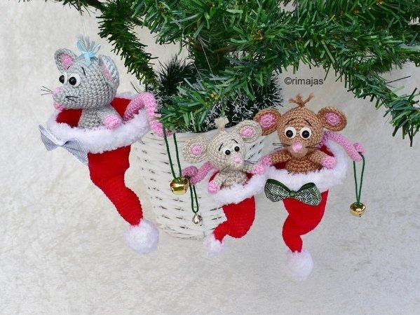 Weihnachtsdeko häkeln / Maus in Nikolausmütze