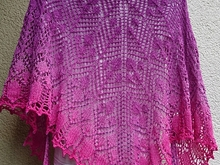 Poesia - knitting pattern lace shawl
