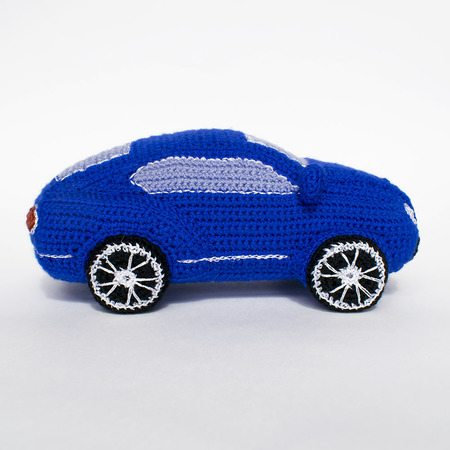 Cute and Cuddly Crochet Car Patterns! - moogly | 450x450