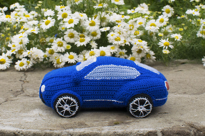 Amigurumi Pattern For The Blue Bentley Crochet Car
