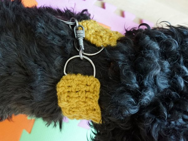 Häkelanleitung für das Hundehalsband im Flechtmuster
