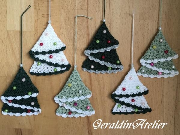 Weihnachtsbaum häkeln /// mit Perlenschmuck
