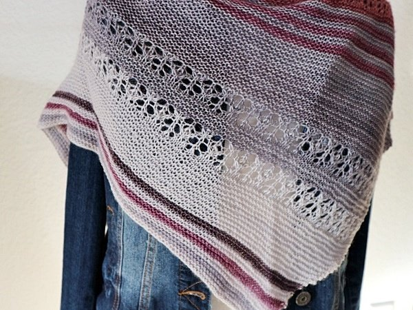 "Strickanleitung Tuch ""Happy Hours"""