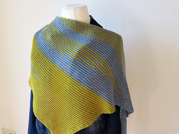 "Knitting pattern shawl ""Different Stripes"""