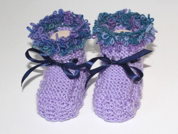 strickanleitung babyschuhe baby booties ohne nadelspiel f r anf nger geeignet. Black Bedroom Furniture Sets. Home Design Ideas