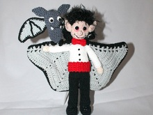 Vladimir the vampire and its bat flin crochet pattern german