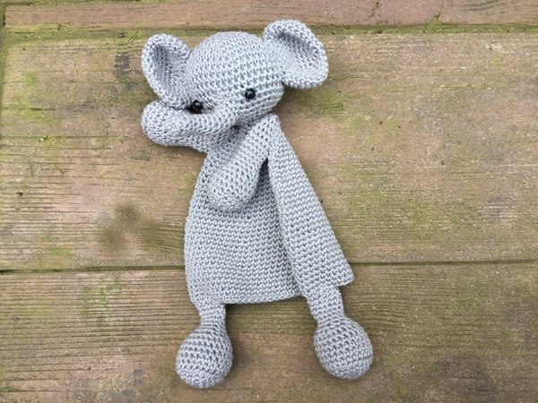 Elephant Security Blanket Crochet Pattern | 450x600