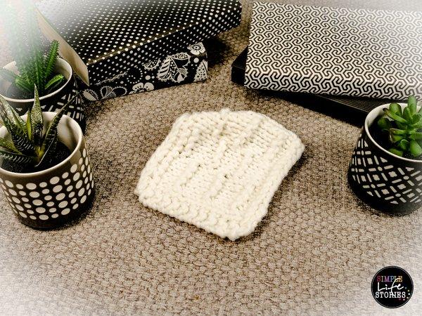 Strickanleitung Karo mit Ziegelmuster für deine Sofadecke