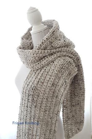 Wonderbaar Haakpatroon sjaal met capuchon / scoodie OP-16