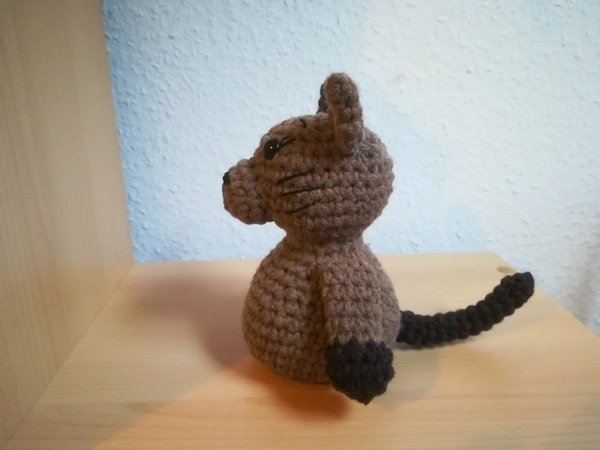 cat thE-Book- or doorstopper - Crochetpattern