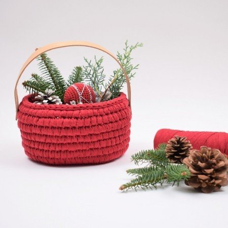 Ribbon Christmas Basket with leather handle