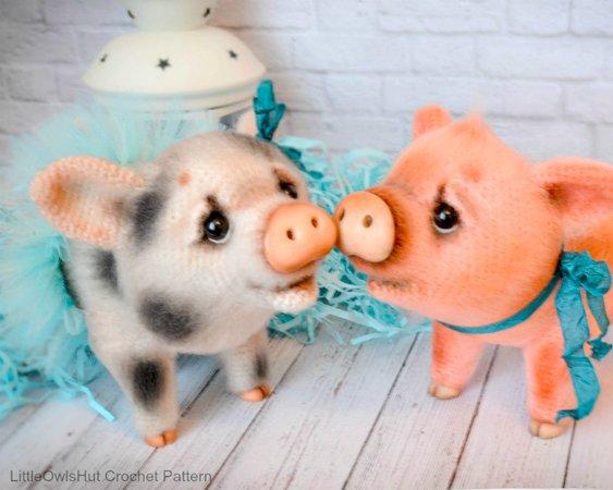 Sweet pig amigurumi pattern | Amiguroom Toys | 450x563