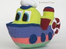 Amigurumi ship pattern for the crochet small skipper boat