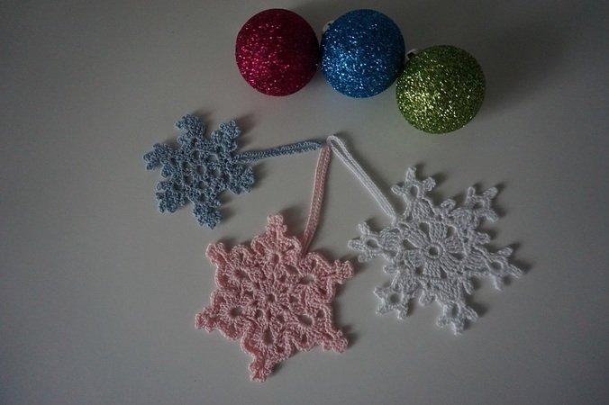 Häkelanleitung 3 verschiedene Schneeflocken