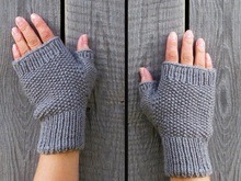 Fingerless mittens knitting pattern, three sizes: small,medium, large