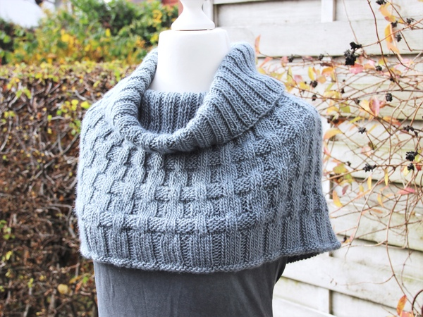 capelet malin s xxxl suitable for beginners knitting pattern