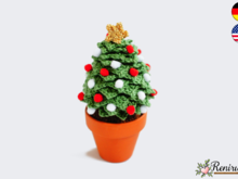 Crochet pattern christmas tree