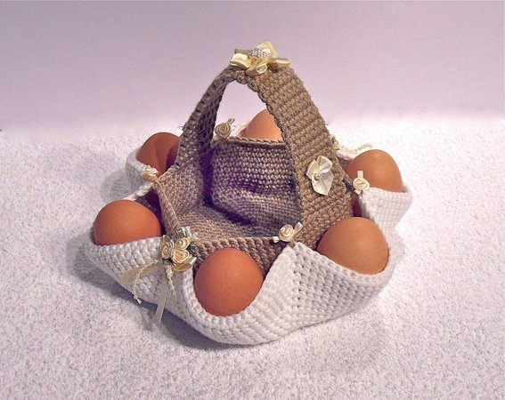 003 Crochet Pattern - Easter egg hunt basket - Amigurumi PDF file by Sharapova CP