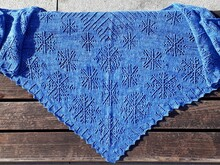 Kobri Nr.2 Triangular scarf